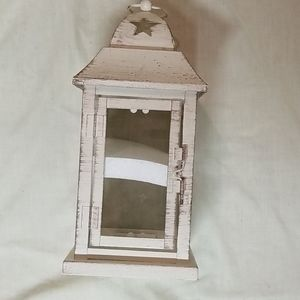 Metal lantern w/glass inserts